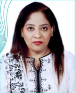 Dr Nausheen